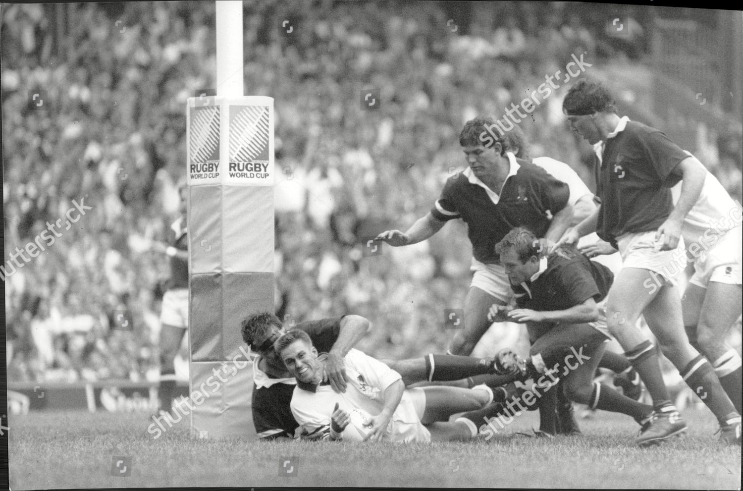 Rugby Union World Cup 1991 England 37 V Usa 9 Englands Nigel Heslop Scores
