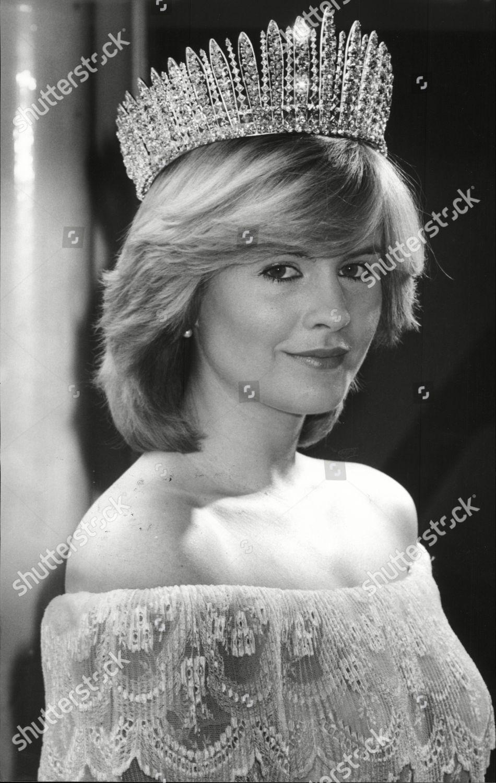 Model Denise Perry Wearing Royal Wedding Tiara Editorial Stock