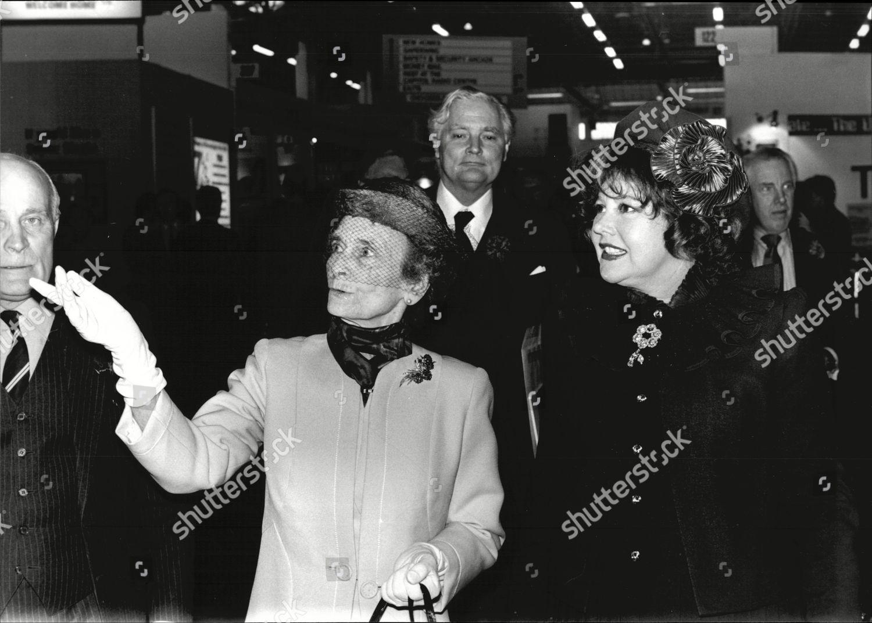 Patricia Harmsworth, Viscountess Rothermere