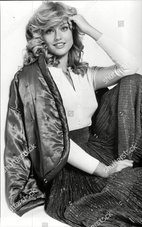Mary Stavin Nude Photos 66