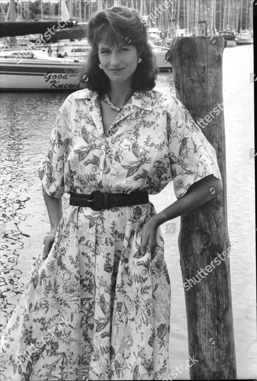Frederique van der Wal NED 3 1995?997,Joan Iyiola XXX clips Victoria Ruffo,Nattasha Nauljam