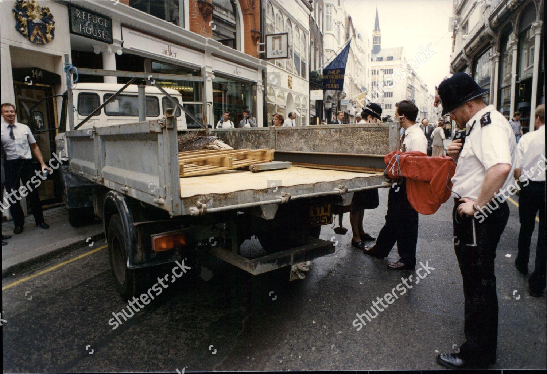 Police Lorry Girder Used Smash Grab Raid Editorial Stock Photo
