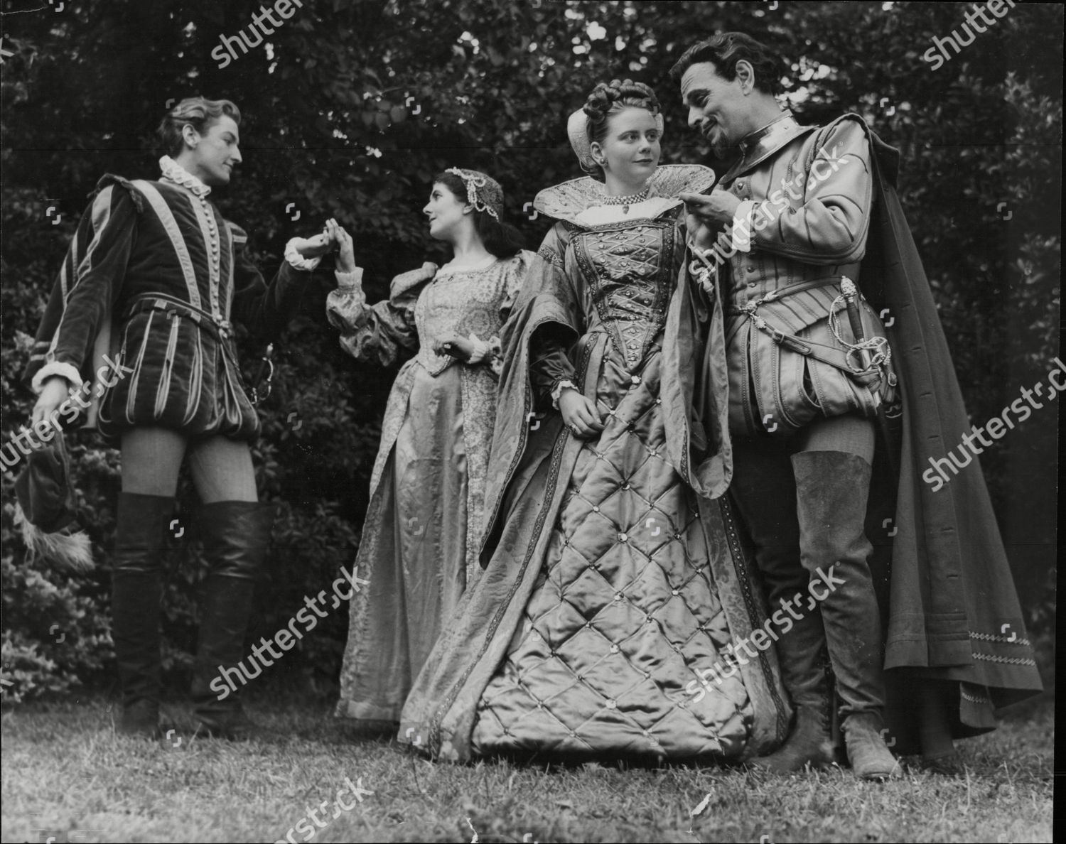 Stock photo of Raymond Mason Patricia Kneale Olive Gregg And Anthony Easteal In Rehearsal For 'much Ado About Nothing' At The Regents Park Open Air Theatre