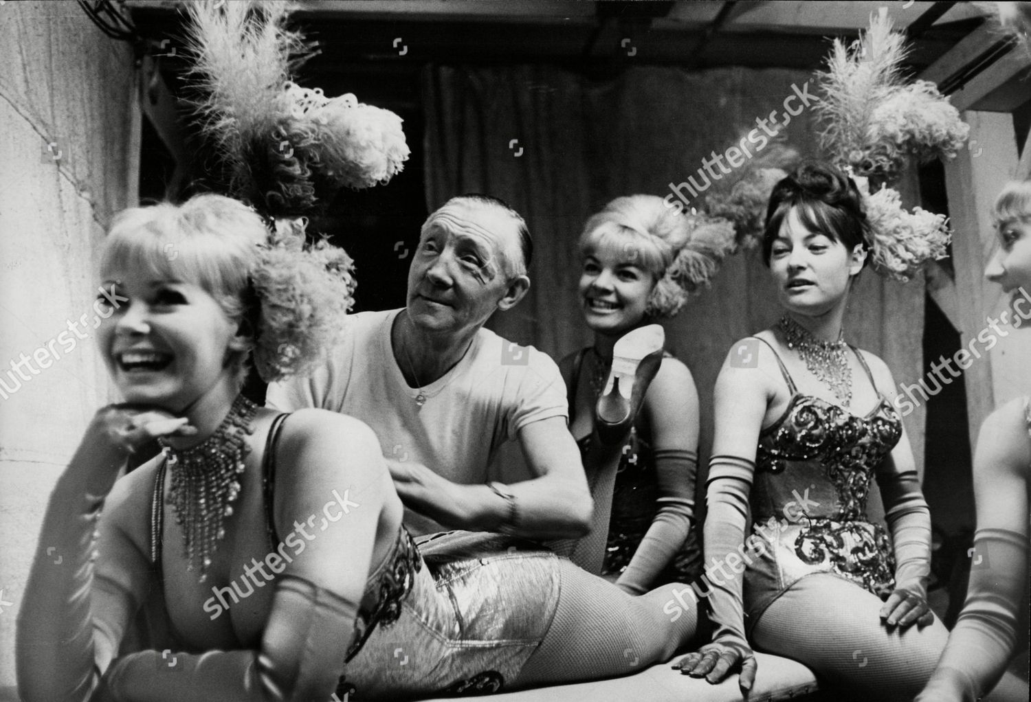 Chorus girls for the black and white minstrel show at the londons victoria palace