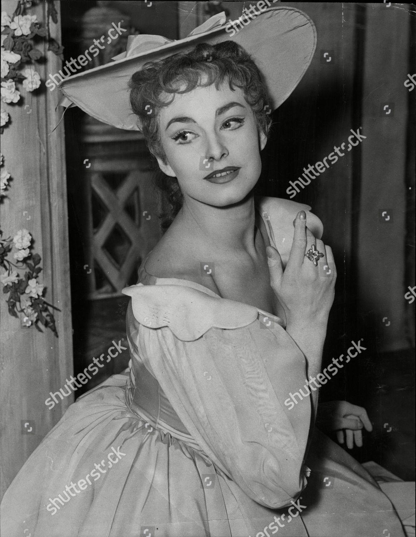 Barbara Jefford (born 1930)