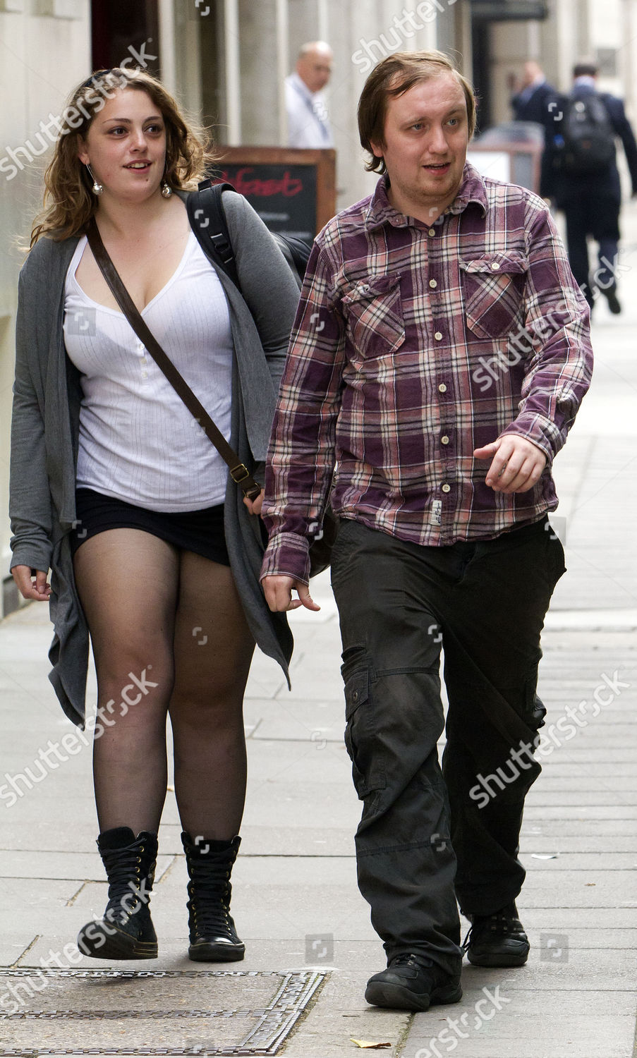 Stockfoto von Pieman Protester Jonathan May-bowles 'johnny Marbles' Who Threw Foam At Rupert Murdoch Arrives At Horseferry Road Magistrates After Pleading Guilty To Assaulting Him.