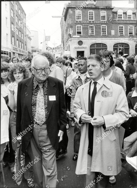 Edward Fox (born 1937) Edward Fox (born 1937) new foto