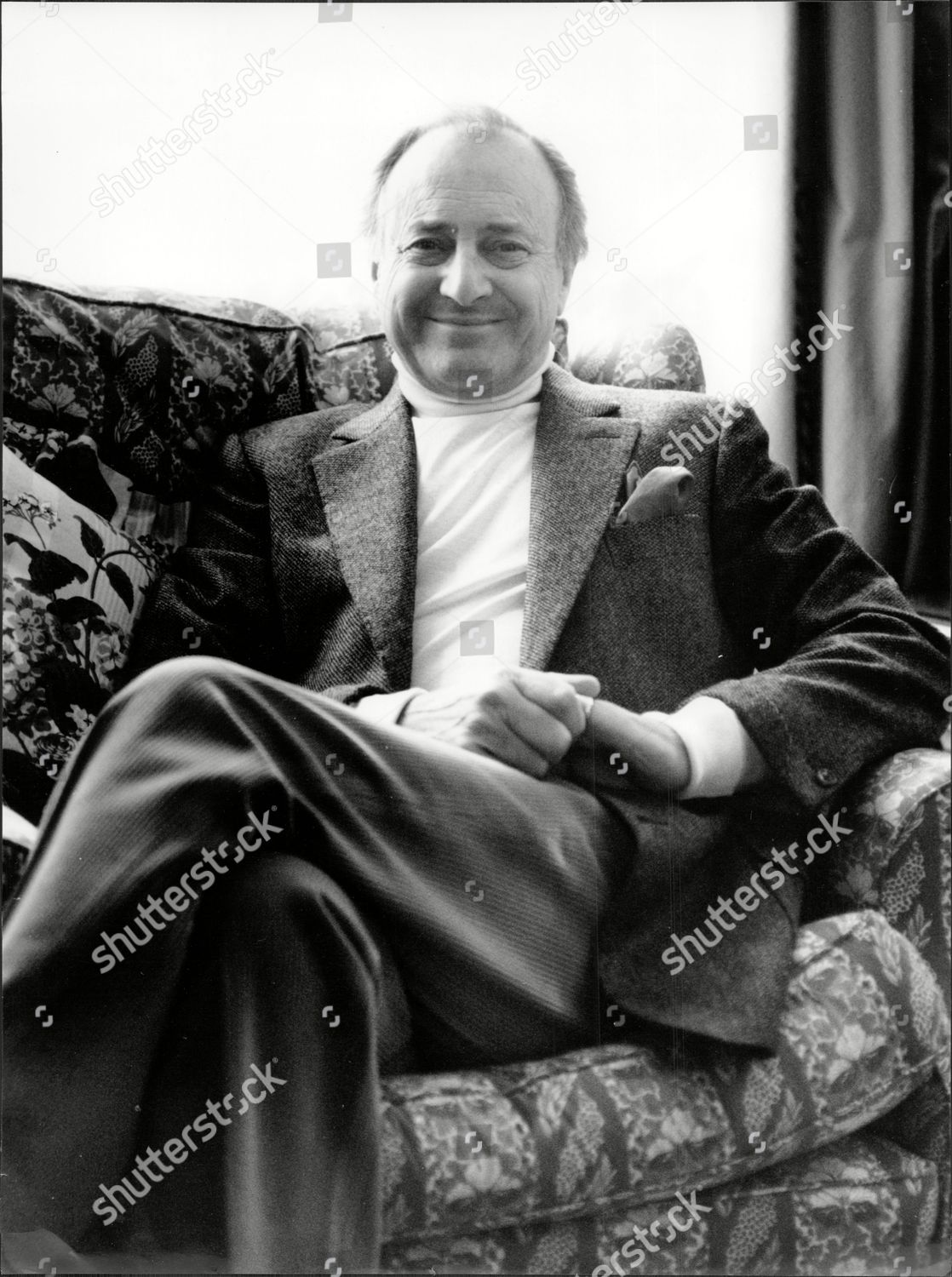 Actor And Television Presenter David Jacobs At Home Lewis Cbe Born 19 May