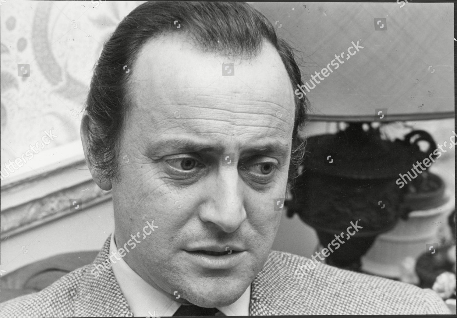 Actor And Television Presenter David Jacobs Lewis Cbe Born 19 May 1926 Is A British Broadcaster Who Gained Prominence As
