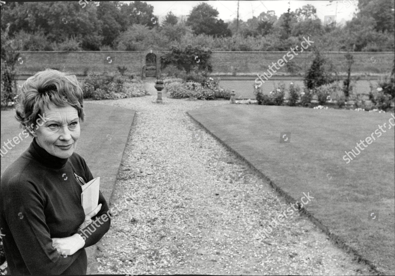 Diana Napier