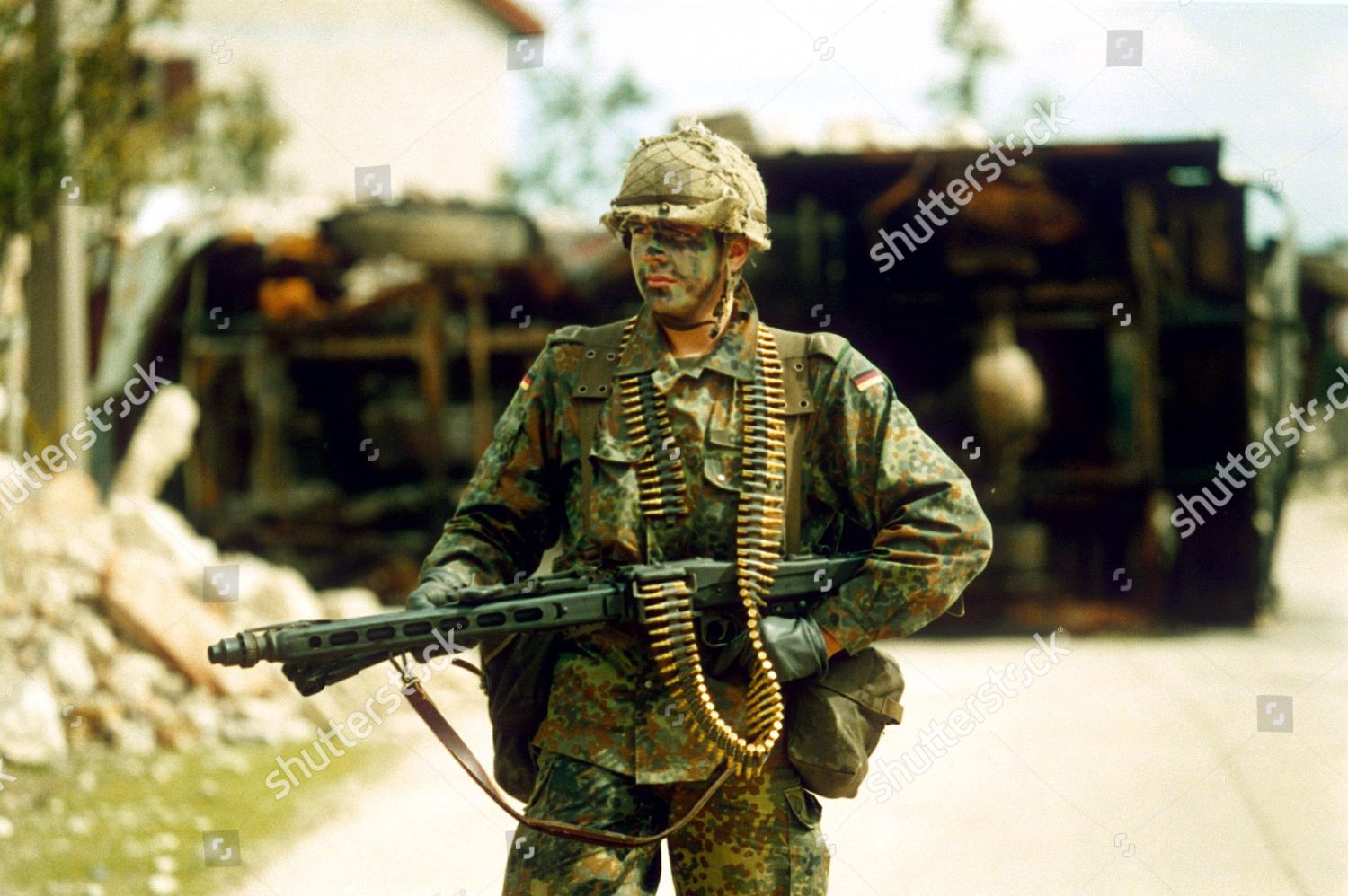 german-and-british-soldiers-on-joint-exercise-on-salisbury-plain-wiltshire-britain-1992-shutterstock-editorial-204672b.jpg