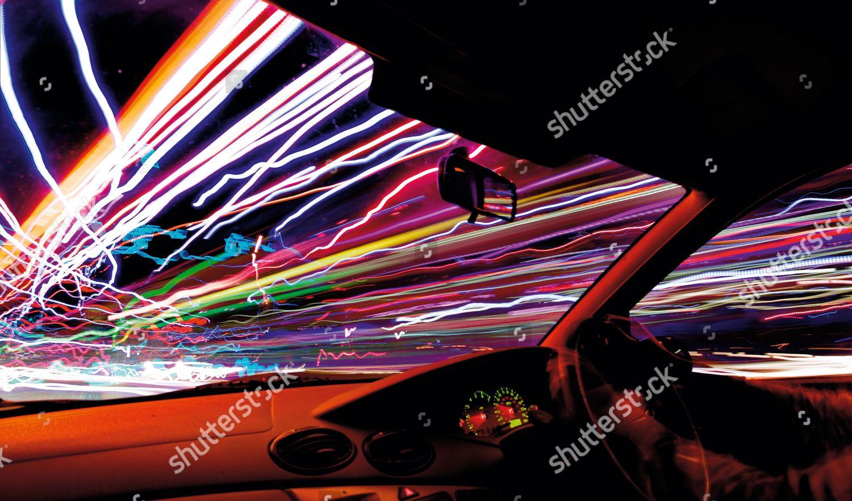 Traffic Light Trails Seen Inside Moving Car Foto Editorial En Stock Imagen En Stock Shutterstock