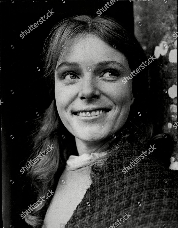 MacKenzie Porter Hot clips Ananya,Geraldine James (born 1950)