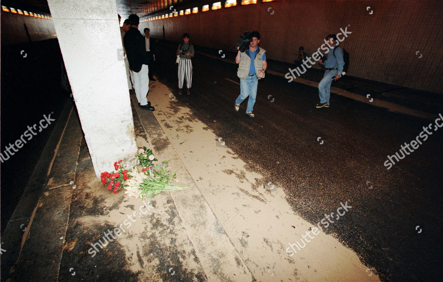 site car crash which killed princess diana editorial stock photo stock image shutterstock https www shutterstock com editorial image editorial the death of princess diana paris france sep 1997 278250r