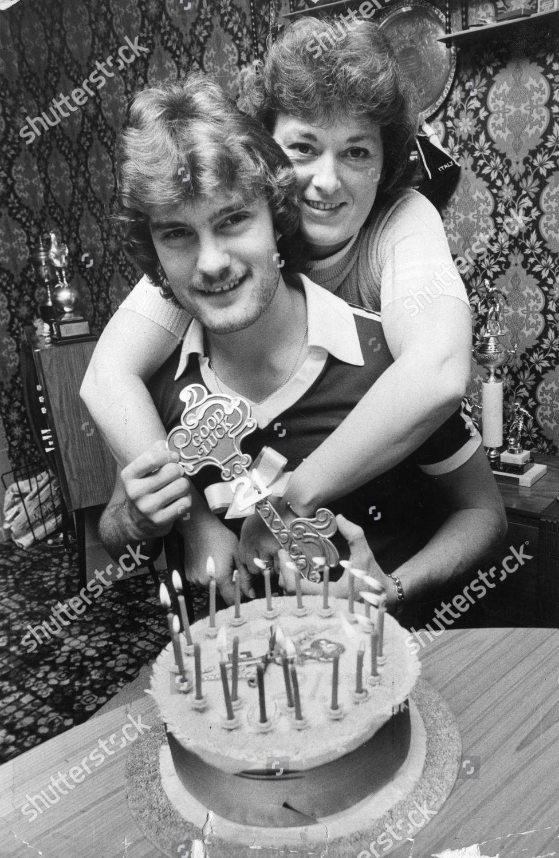Glenn Hoddle Celebrating His 21st Birthday Cake Stock Photo
