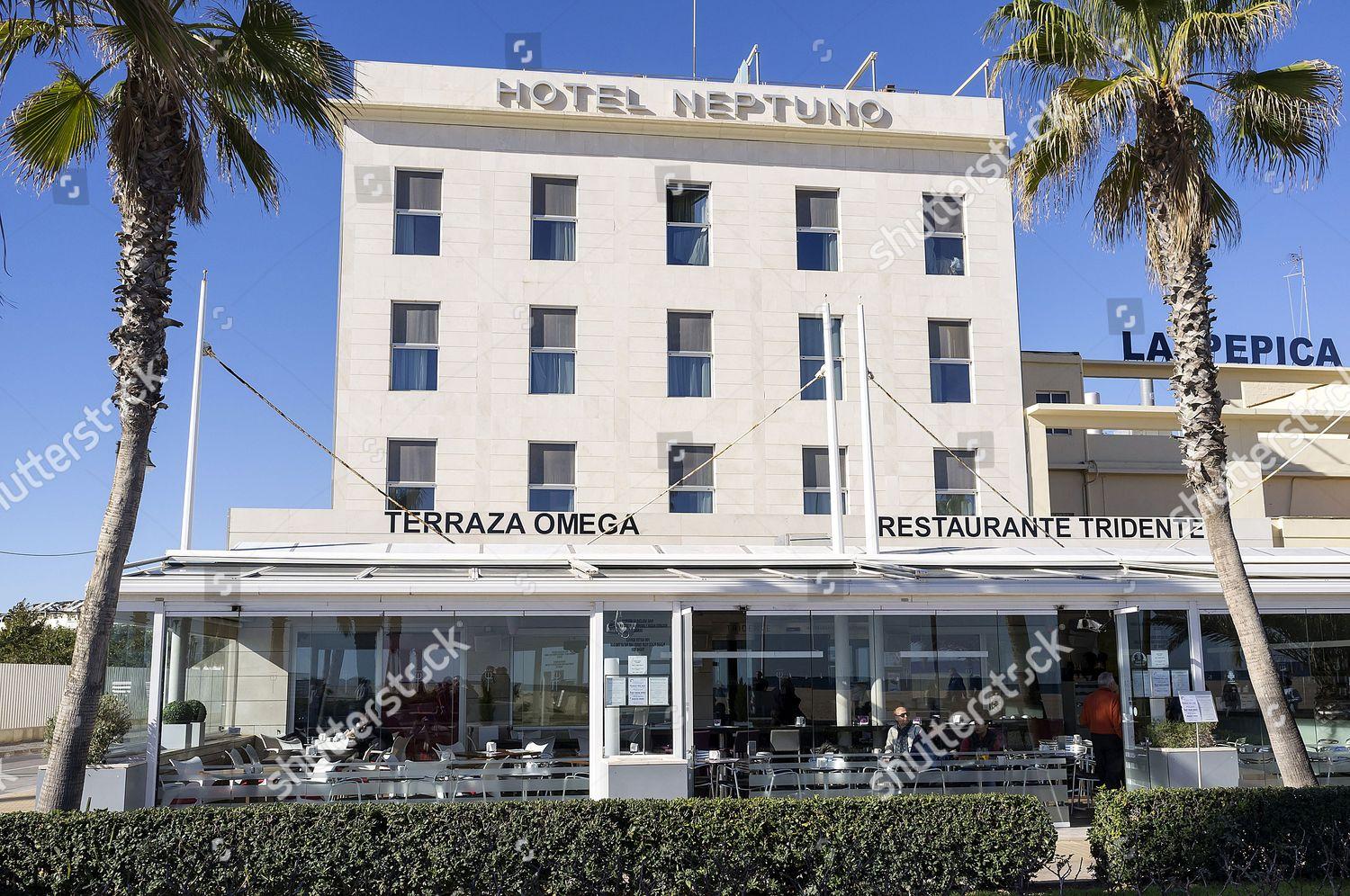 Hotel Neptuno El Cabanyal Las Arenas Promenade Editorial