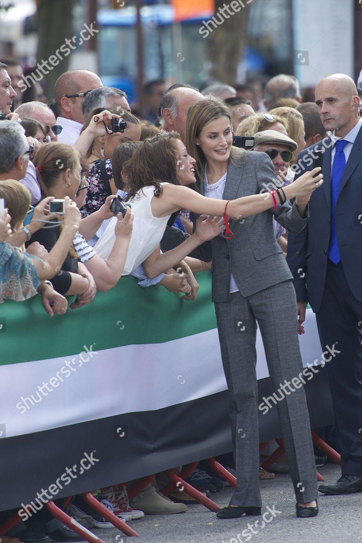 Queen Letizia fans Editorial Stock Photo - Stock Image   Shutterstock