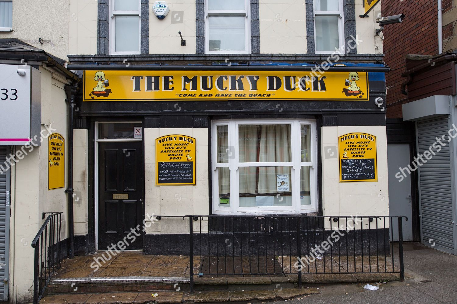 Mucky Duck pub on Drake Street Editorial Stock Photo - Stock