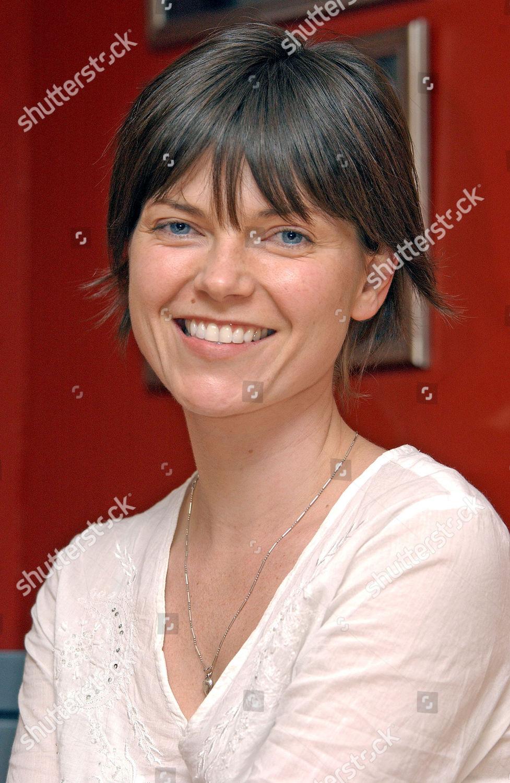 Nicole de Boer deepwater black
