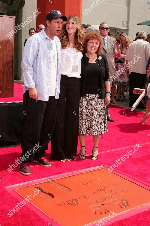 Adam Sandler wife Jackie Titone mom Judy Editorial Stock