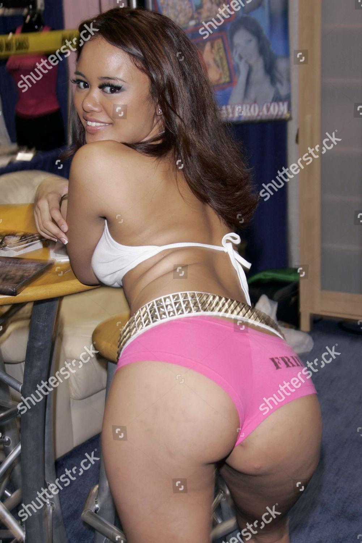 hot asian girl pornstars naked