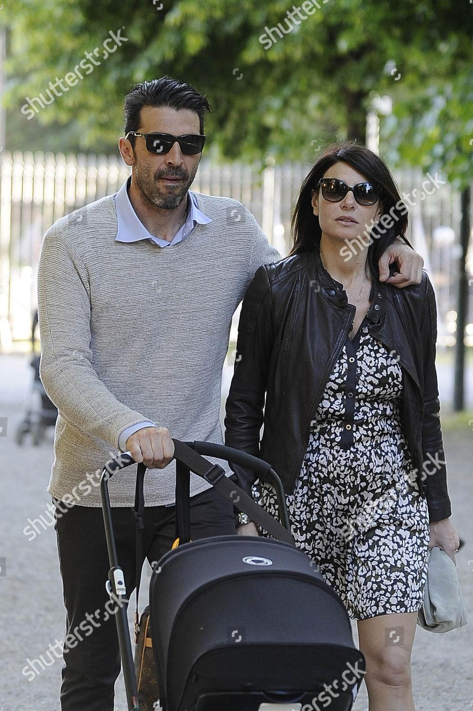 Gianluigi Buffon Ilaria DAmico their son Leopoldo Editorial Stock ...