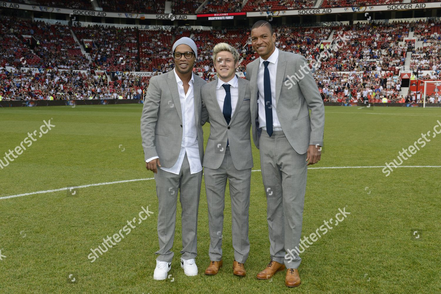 ¿Cuánto mide Niall Horan? - Altura - Real height Soccer-aid-unicef-charity-football-match-old-trafford-manchester-britain-shutterstock-editorial-5706130ey