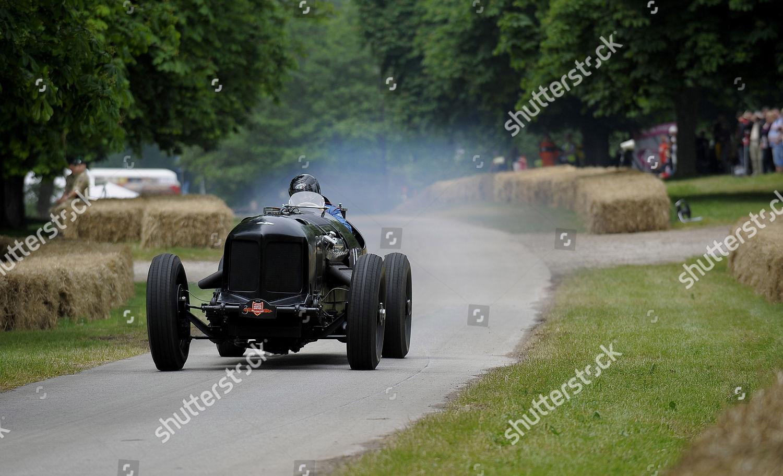 Duncan Round Mavis Packard Bentley powered by Editorial