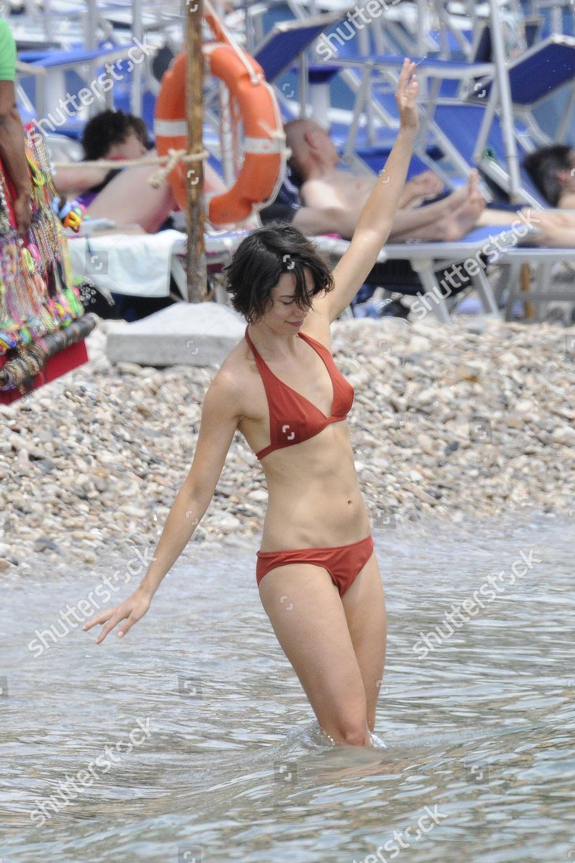 Bikini rebecca hall Rebecca Hall