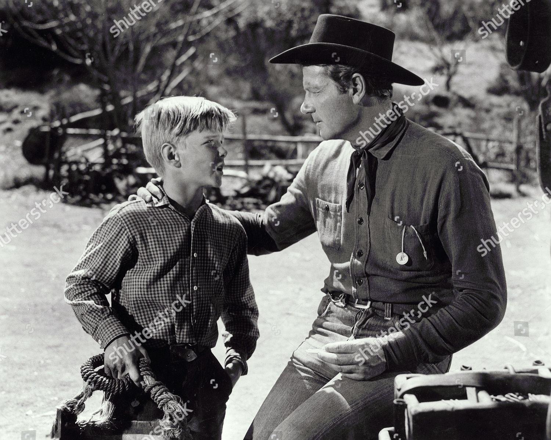 Saddle Tramp (1950)
