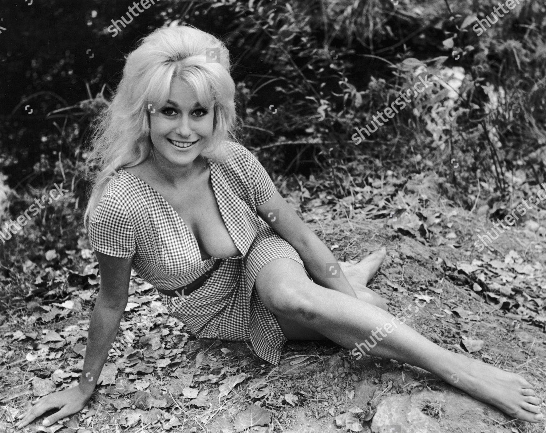 Lorna Maitland Nipples