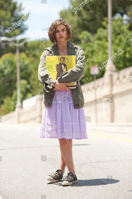 bestia Interpretar bufanda  Keira Knightley Editorial Stock Photo - Stock Image | Shutterstock