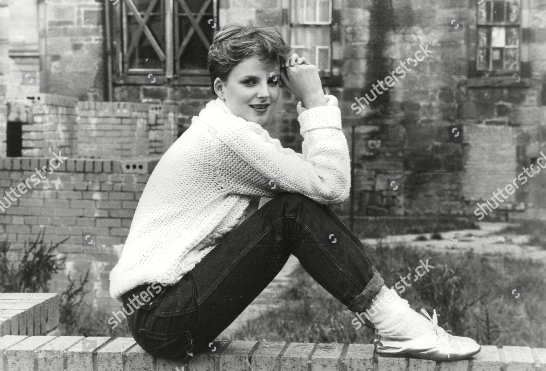 Brent Carver,Christine Baranski XXX fotos Caitlin Wachs,Janella Salvador (b. 1998)