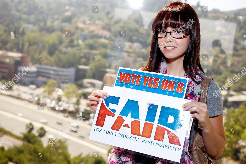 Foto De Stock De Yes On B Los Angeles Usa