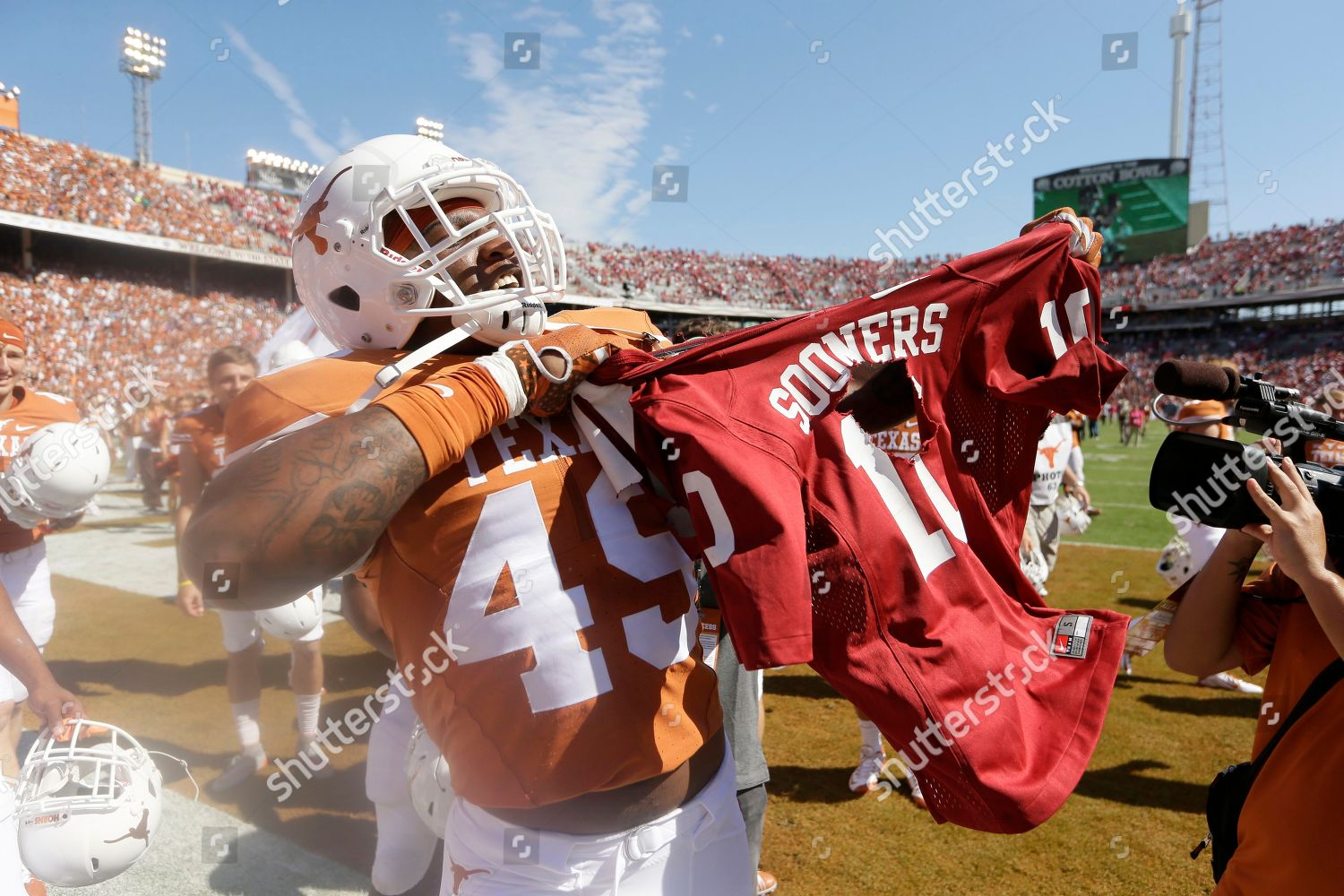 hot sales e5ea9 f26cb Derick Roberson Texas defensive end Derick Roberson ...