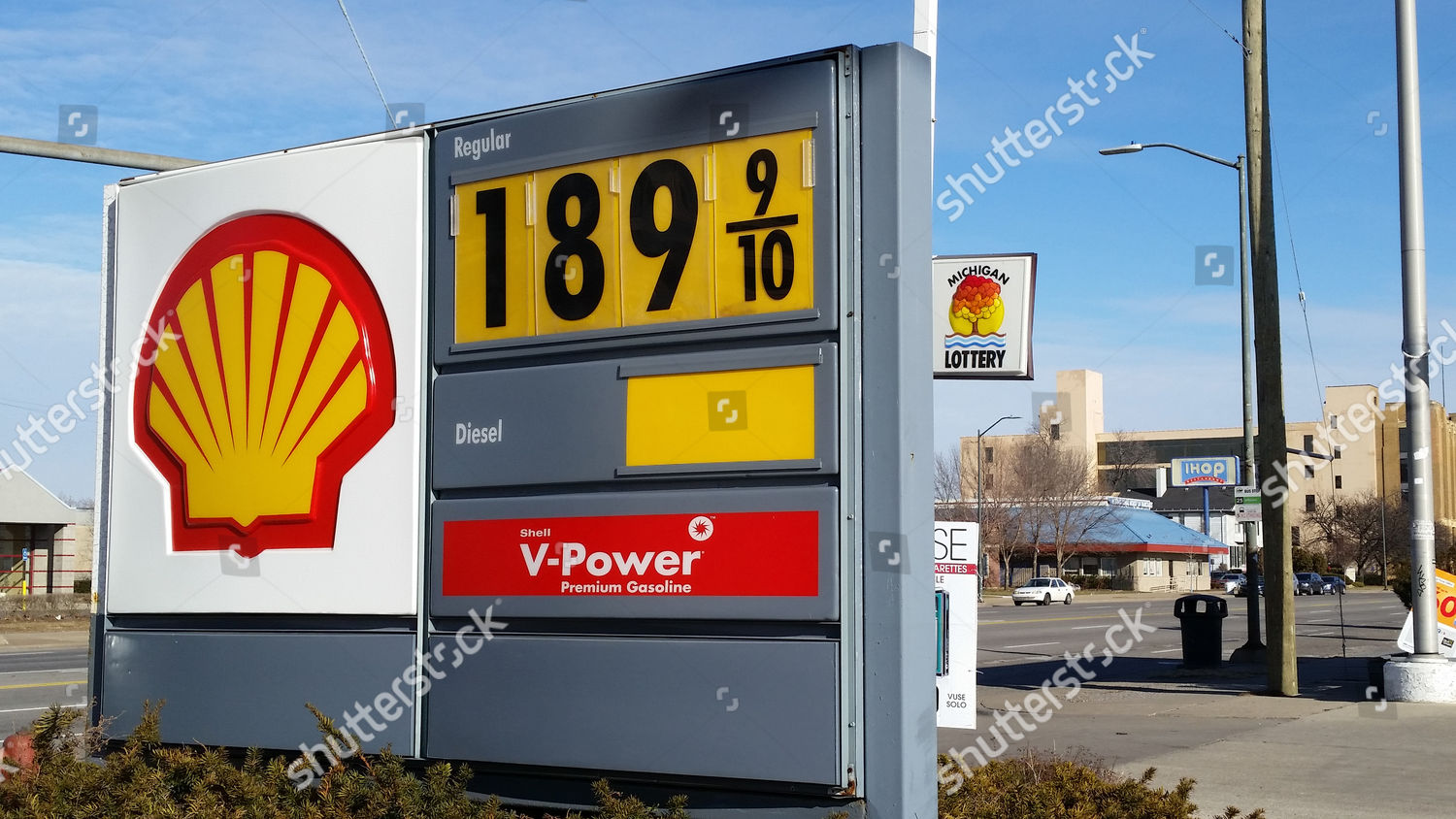 Detroit Gas Prices >> Sign Shows Price Gasoline Shell Station Near Editorial Stock Photo
