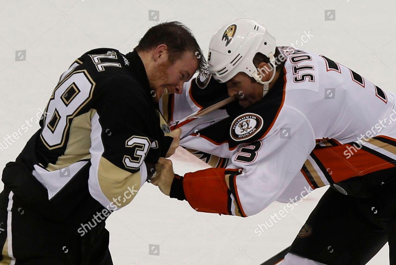 reputable site e4f84 ffd8a Zach Sill Clayton Stoner Pittsburgh Penguins Zach Editorial ...