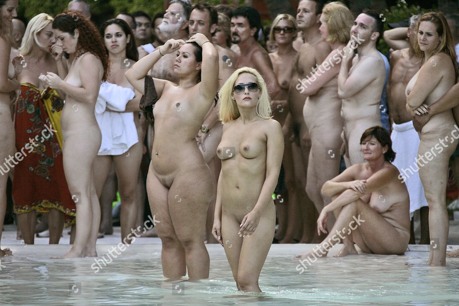 Eds Note Nudityhundreds People Posed Naked Sagamore -5648