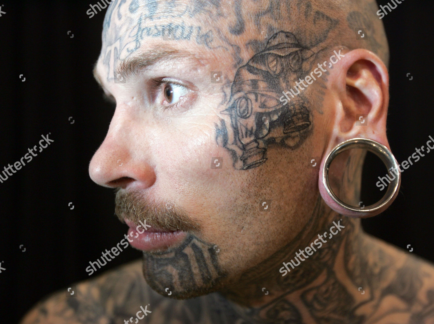 Trigger Professional Piercer Los Angeles Displays His Editorial Stock Photo Stock Image Shutterstock