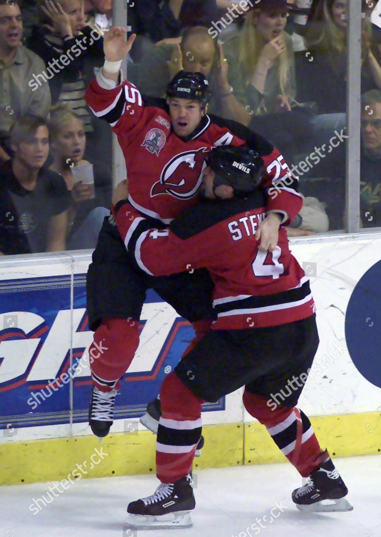 official photos 3e682 8a686 ARNOTT STEVENS New Jersey Devils Jason Arnott Editorial ...