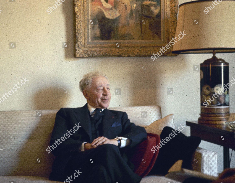 Rubinstein Pianist Arthur Rubinstein seen his apartment