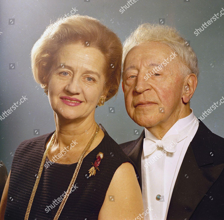 Mlynarska Rubinstein Pianist Arthur Rubinstein his wife