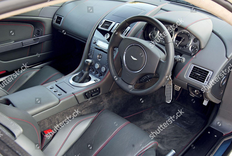 Interior Aston Martin V8 Vantage Foto Editorial En Stock Imagen En Stock Shutterstock