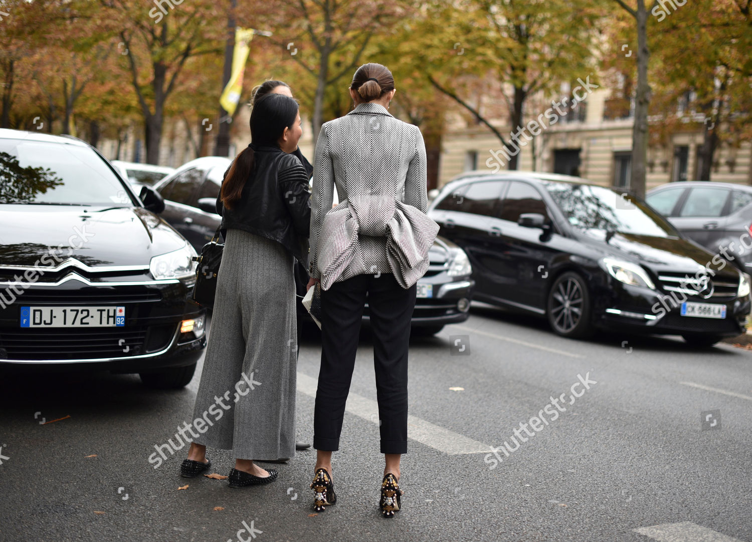 30de992be4e Unidentified fashion lovers leave after Miu Mius Editorial Stock ...