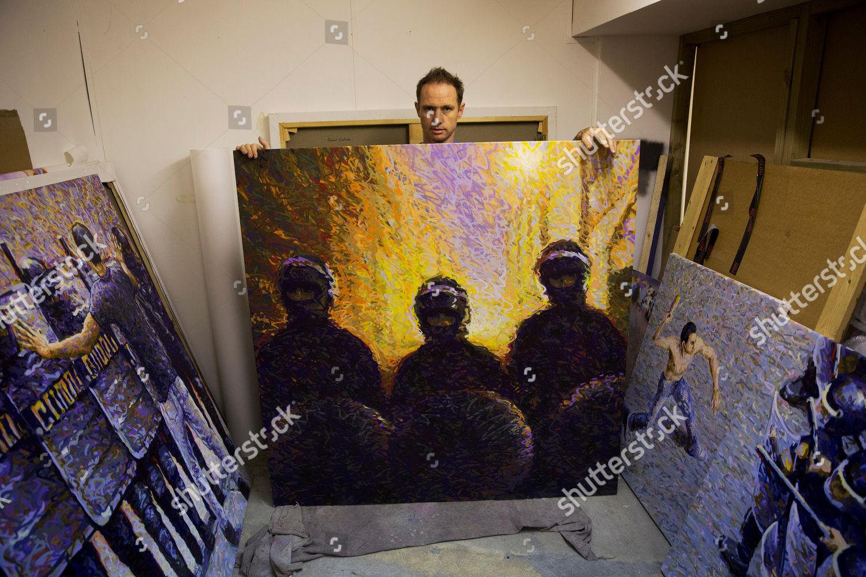 Australian spray paint artist James Cochran aka Editorial
