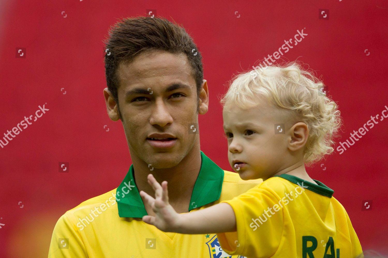 Неймар и его сын фото
