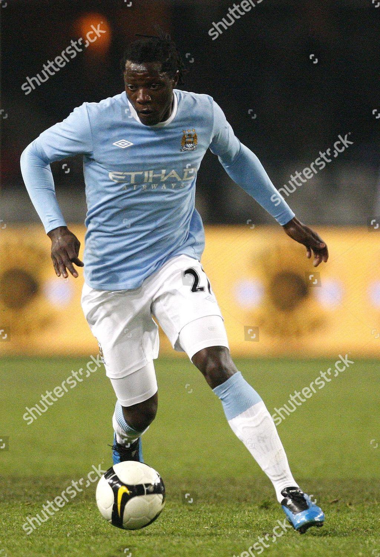 low cost 76072 6113d BEnjani Mwaruwari Manchester City player Benjani Mwaruwari ...