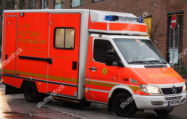 AMBULANCE Ein Rettungswagen der Feuerwehr Donnerstag 7