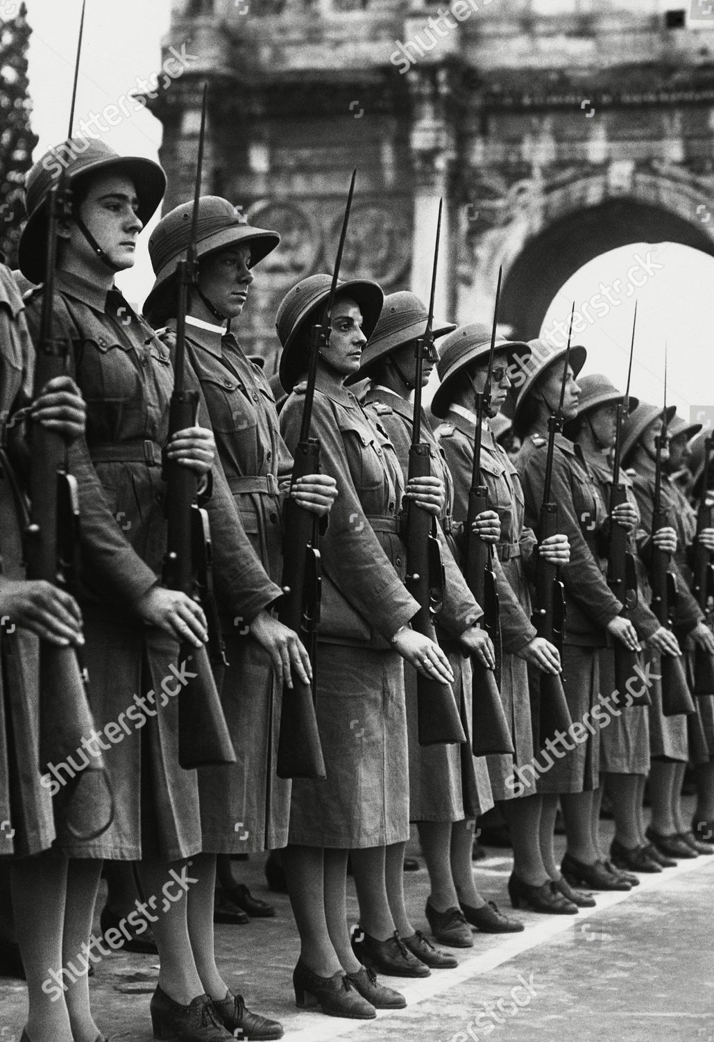 70000 fascist women girls marched past ...