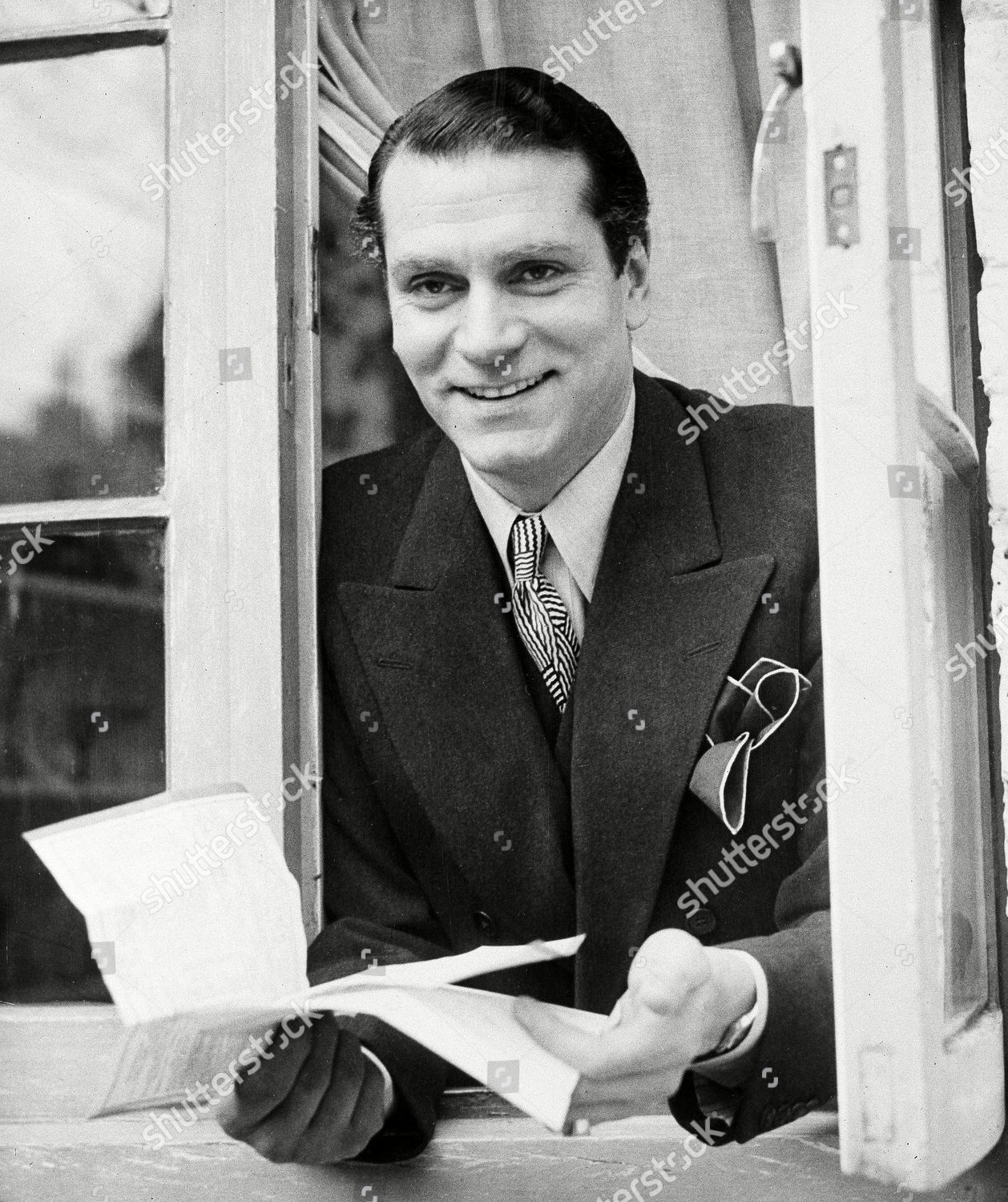 Sir Laurence Olivier Smiles His Chelsea London Editorial